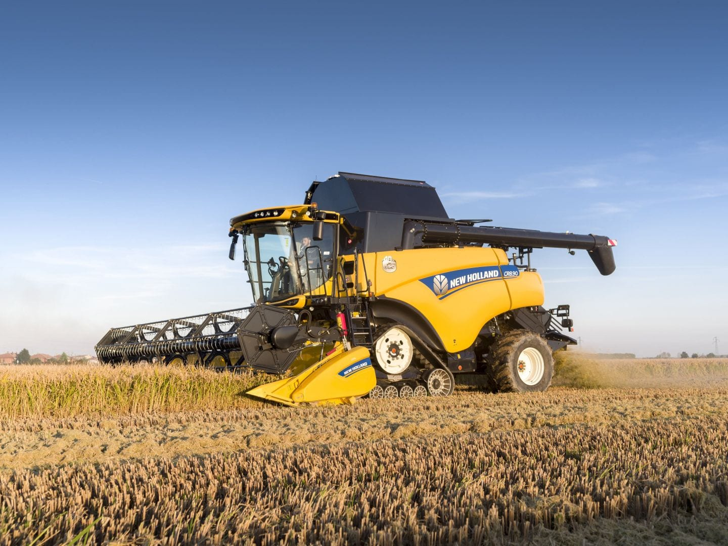 New Holland CR8.90 Combine Harvesters at C&O Tractors