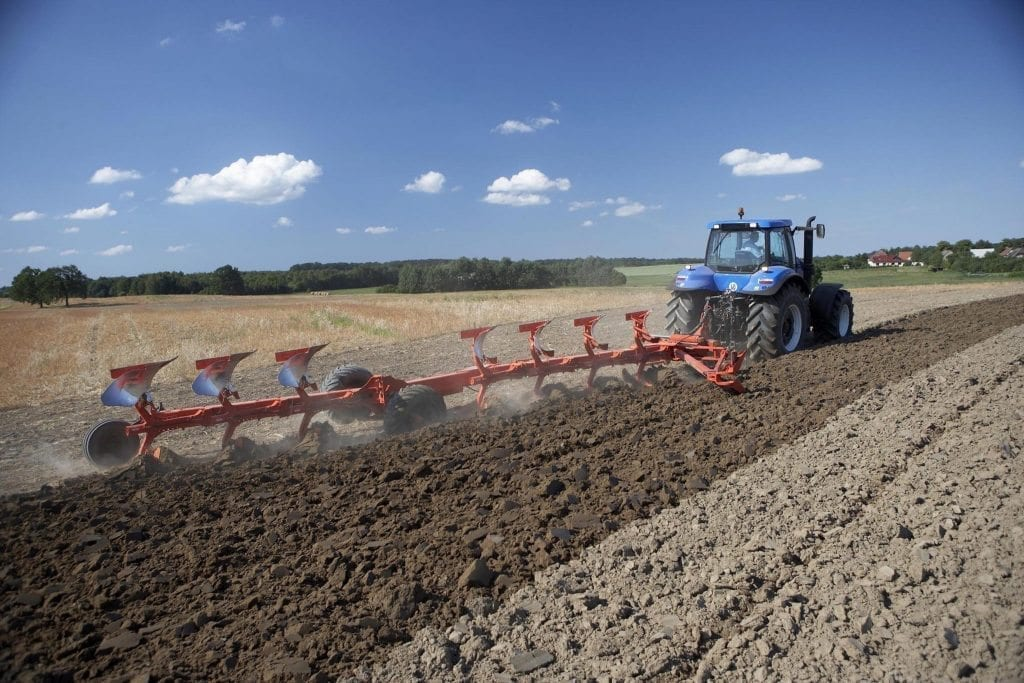 Cultivation at C&O - Kuhn plough
