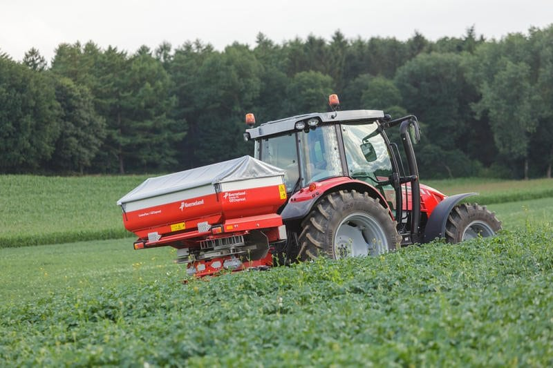 Kverneland Exacta fertiliser spreaders - C&O Funtington, Isle of Wight & Wilton depots.