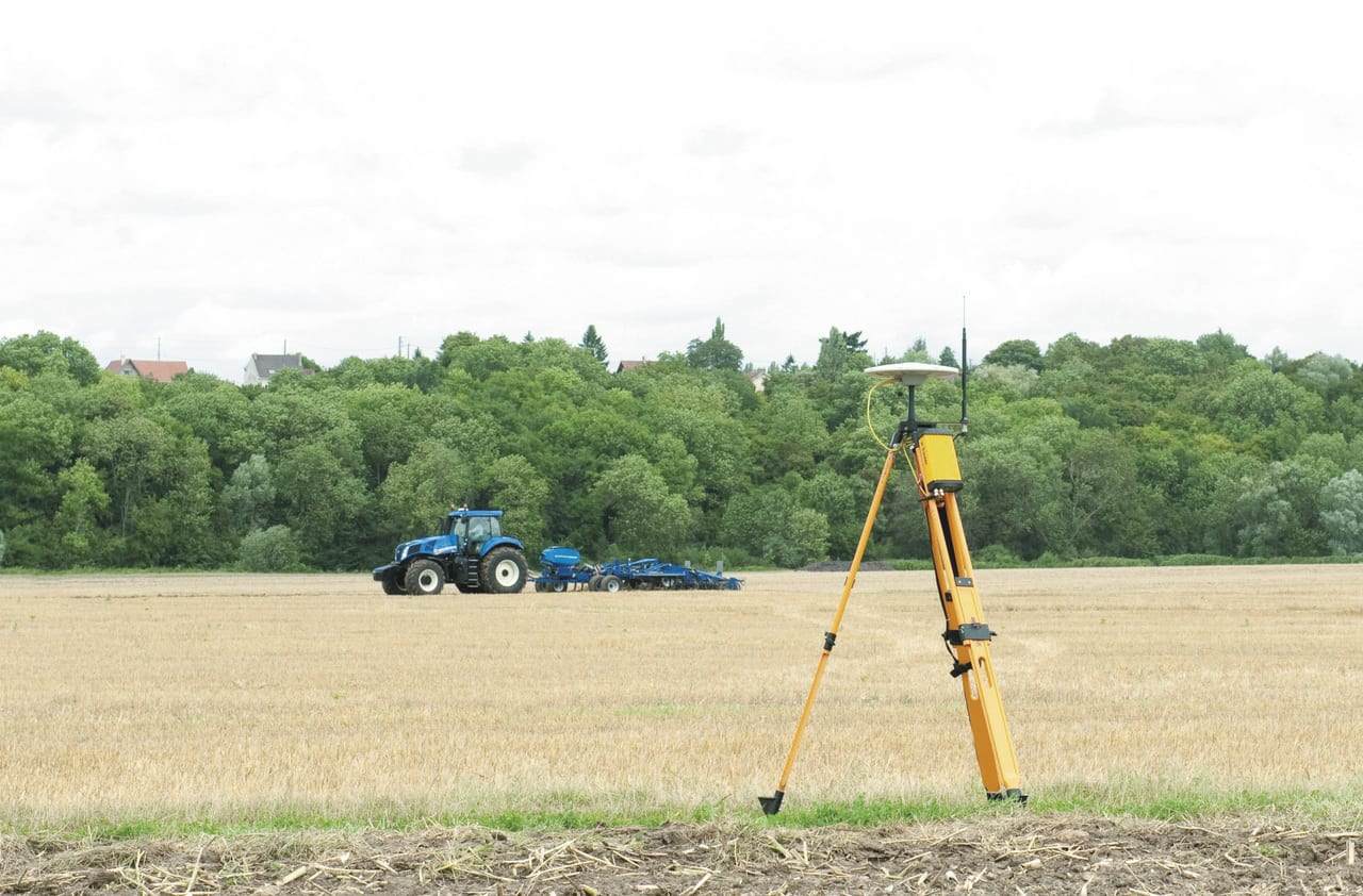 PLM RTK unit - Precision Farming Jargon Buster